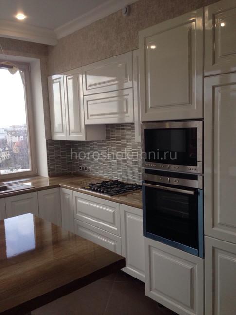 Кухня ул Тургенева  краска мдф глянец