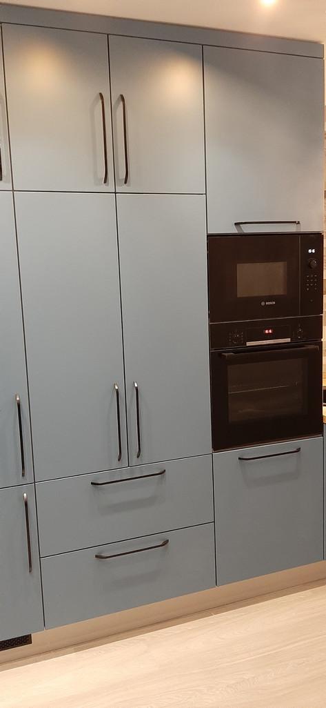 встроенная духовка и микроволновая печь