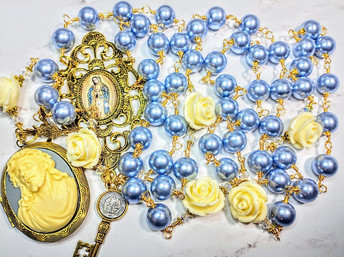 Beautiful Vatican Style Violet Czech Pearl Roses Guadeloupe Mary Jesus Rosary