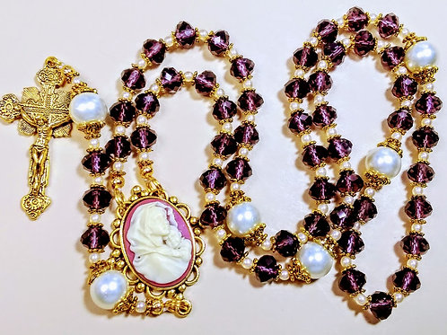Beautiful Vintage Style Amethyst Purple Crystal Cream Pearl Mary Cameo Rosary