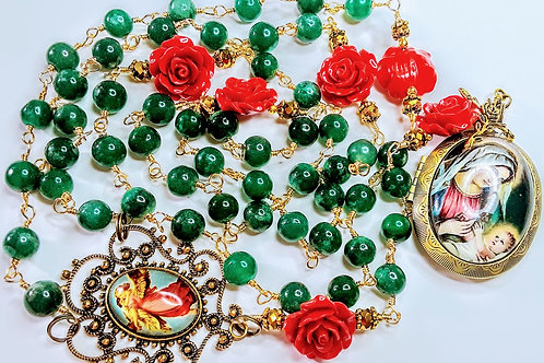 Beautiful Christmas Vatican Style Mary Child Locket Cameo  Emerald Jade rosary