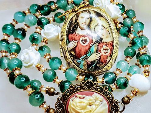 Beautiful Green Jade White Rose Sacred Heart Mary Jesus Cameo Locket Rosary