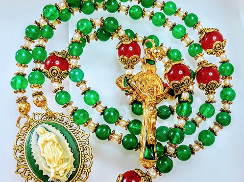 Beautiful Merry Christmas Emerald Green Jade Mary Guadeloupe Benedict Rosary
