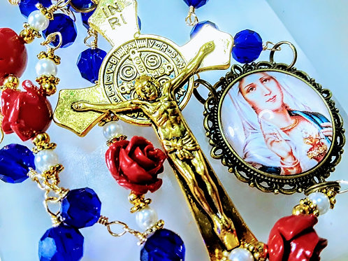 Beautiful Sapphire Blue Crystal Red Roses Virgin Mary Cameo St Benedict. Rosary