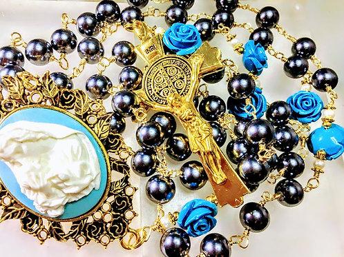 Beautiful Vatican Style Tahitian Black Pearl Bead Blue Roses Mary Cameo Rosary