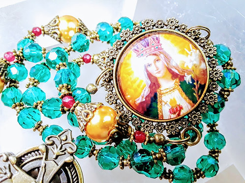 Christmas Rosary Emerald Crystal Gold Pearl Crucifix Locket Rosary