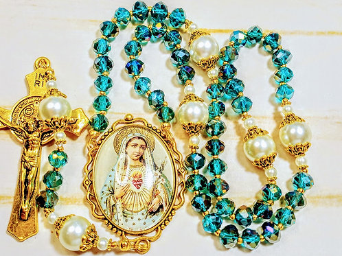 Beautiful Emerald Green Crystal Cream Pearl Sacred Heart Mary Cameo St. Rosary