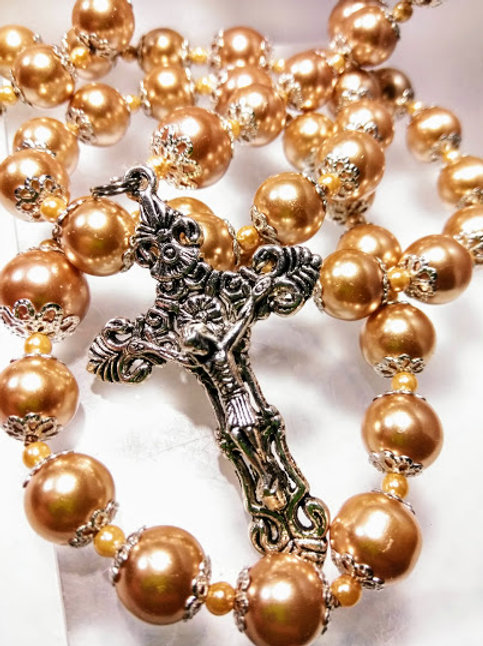 Vintage Style Champagne Pearl Silver Our Lady Of Lourdes Virgin Mary Rosary