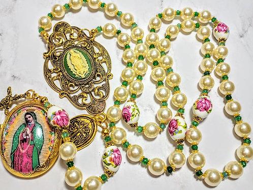 Beautiful Cream Pearl Vatican Style Guadeloupe Locket Cameo Ceramic Rose Rosary