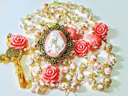 Beautiful Vatican Style Antiqued Pink Rose Lamp work Mary Cameo Benedict Rosary