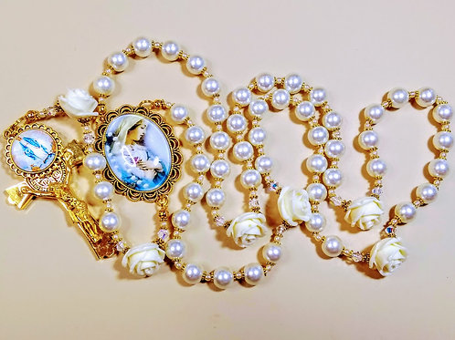 Vatican Style Cream Pearl Roses Mary Cameo Benedict Charm Rosary Swarovski