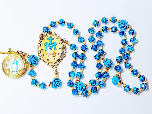 Beautiful Vatican Style Miraculous Medal Cameo Blue Crystal Mary Locket Rosary