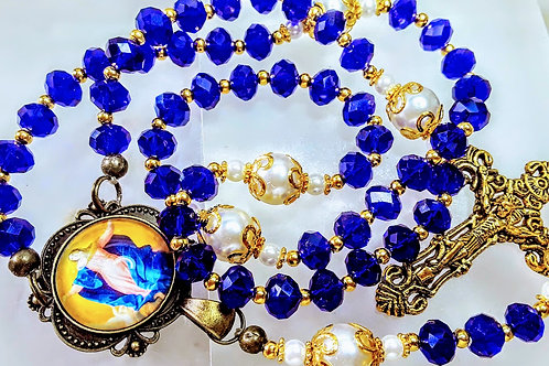 Beautiful Sapphire Blue Crystal Bead Cream Pearl Golden Mary Cameo Prayer Rosary