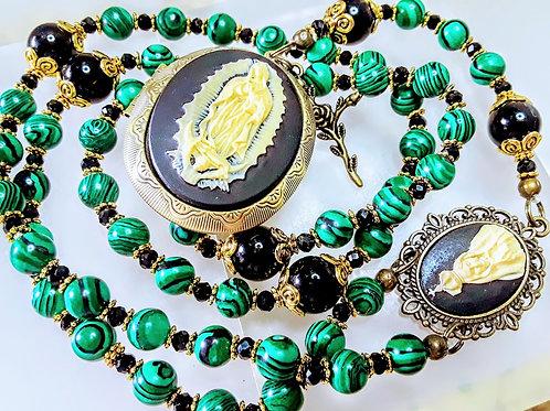 Beautiful Vatican Style Green Malachite Bead Black Onyx Mary Cameo Locket Rosary