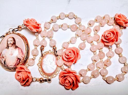 Beautiful Vatican Style Antiqued Pink Quartz Rose Bead Jesus Cameo Locket Rosary