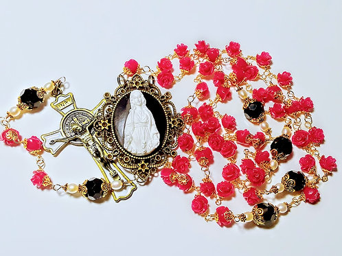 Beautiful Dark Pink Rose Beads Black Crystal Mary Cameo Catholic Benedict Rosary