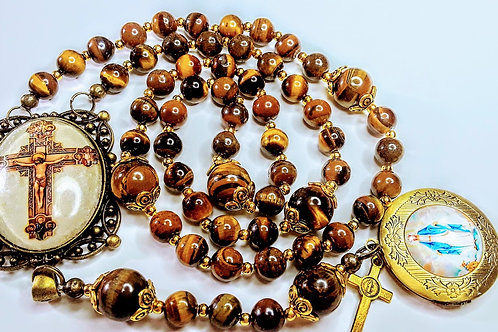 Beautiful Vatican Style Crucifix Cameo Tiger Eye Bead Mary Locket Charm Rosary