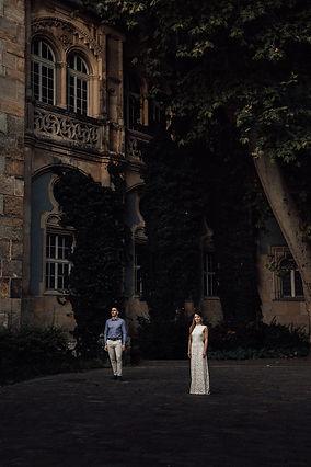 Esküvői fotó Magyarország - Dóri & Ati - Soft Light Visuals - Vajdahunyad vára Budapest - menyasszonyi ruha, esküvői ruha, esküvői cipő