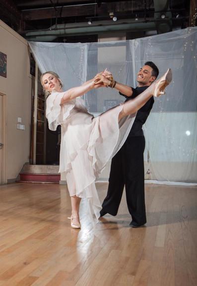 Simone & Hanna Waltz