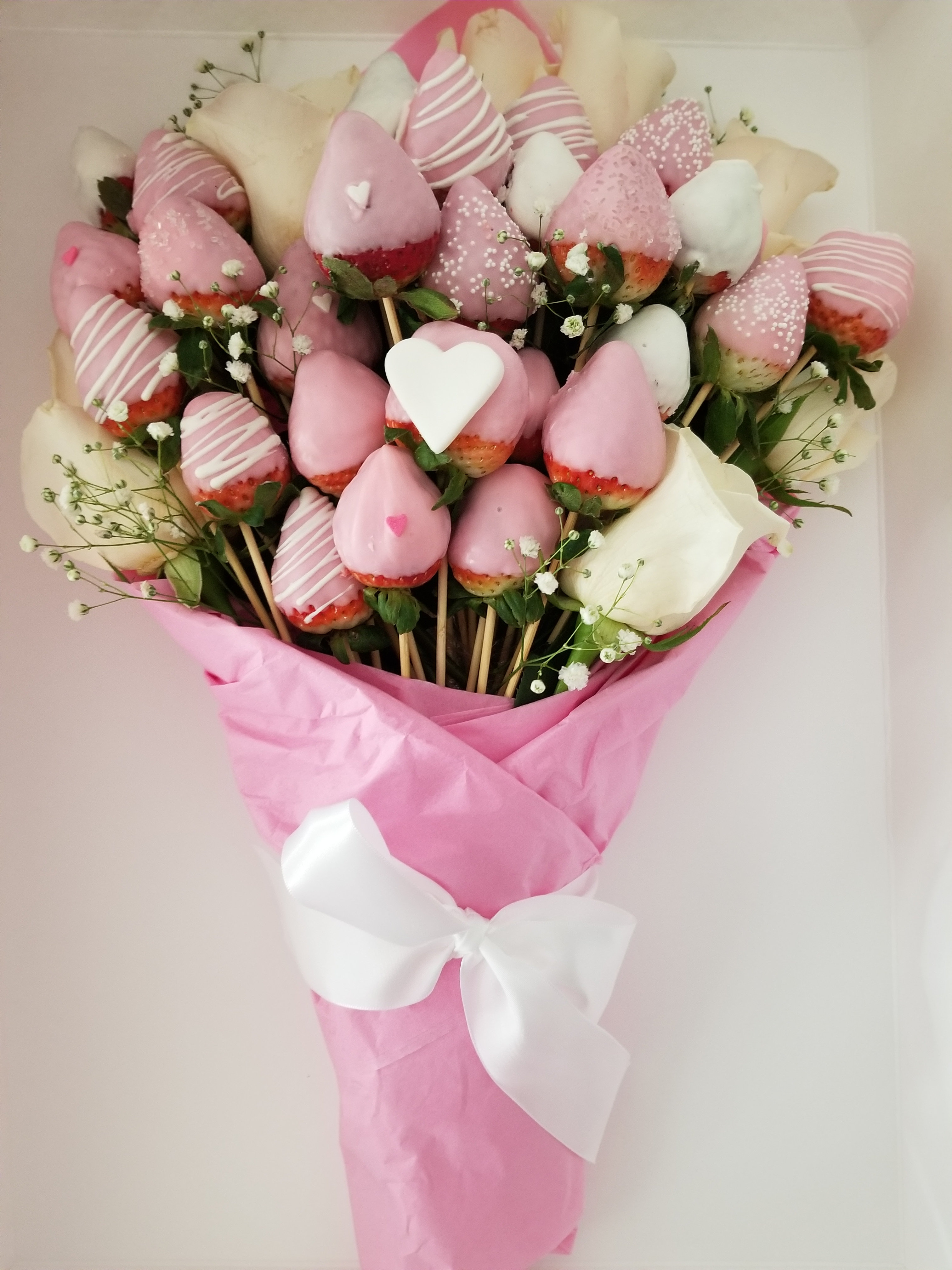 1 Dz Roses And 3 Dz Chocolate Covered Strawberries Bouquet Website