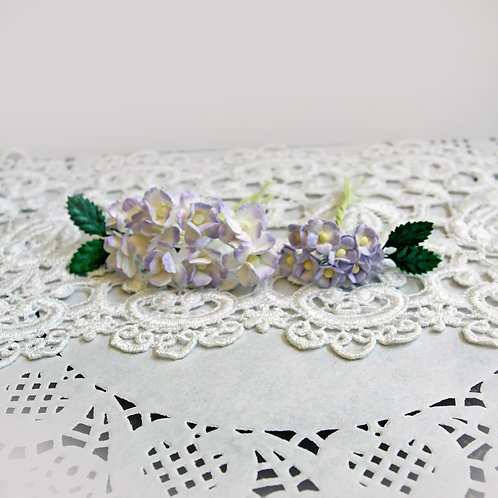 Itty Bitty Blossoms and Leaves Lavender And White Mulberry Paper Flower