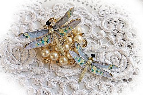 Shabby Golden Roses Dragonflies