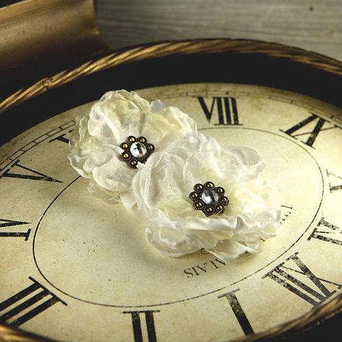 Prima Fleur De Lys Flowers~ Ivory