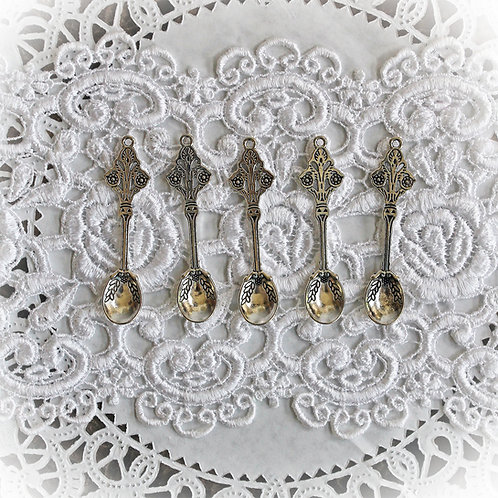 Reneabouquets Silver Spoons Trinkets Pack