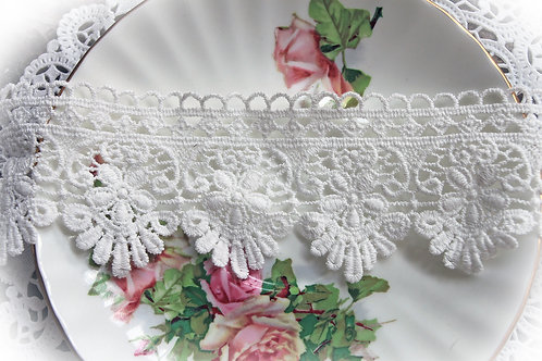 Sweet Daisy Lace~ White