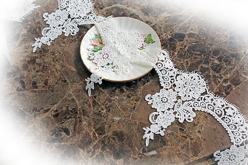 Venice Rose Lace~White 6 Inch Wide