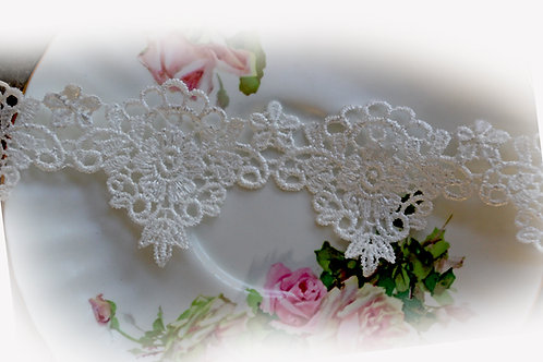 Rose Medallion Lace~Choose White or Ivory 2  Inch Wide