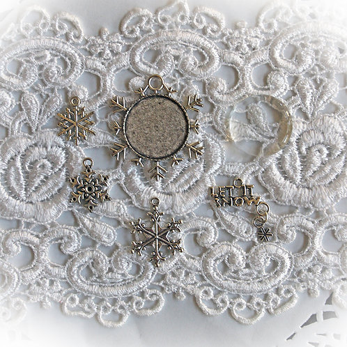 Trinkets Set Of 6 Victorian Snowflakes
