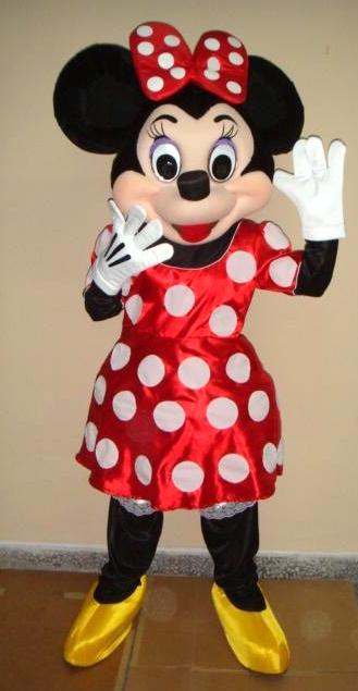 mascotte Minnie Sud est_edited.jpg