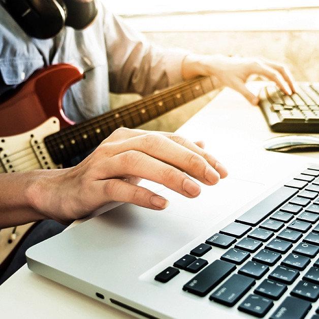 Cours de guitare ou de basse avec Ian