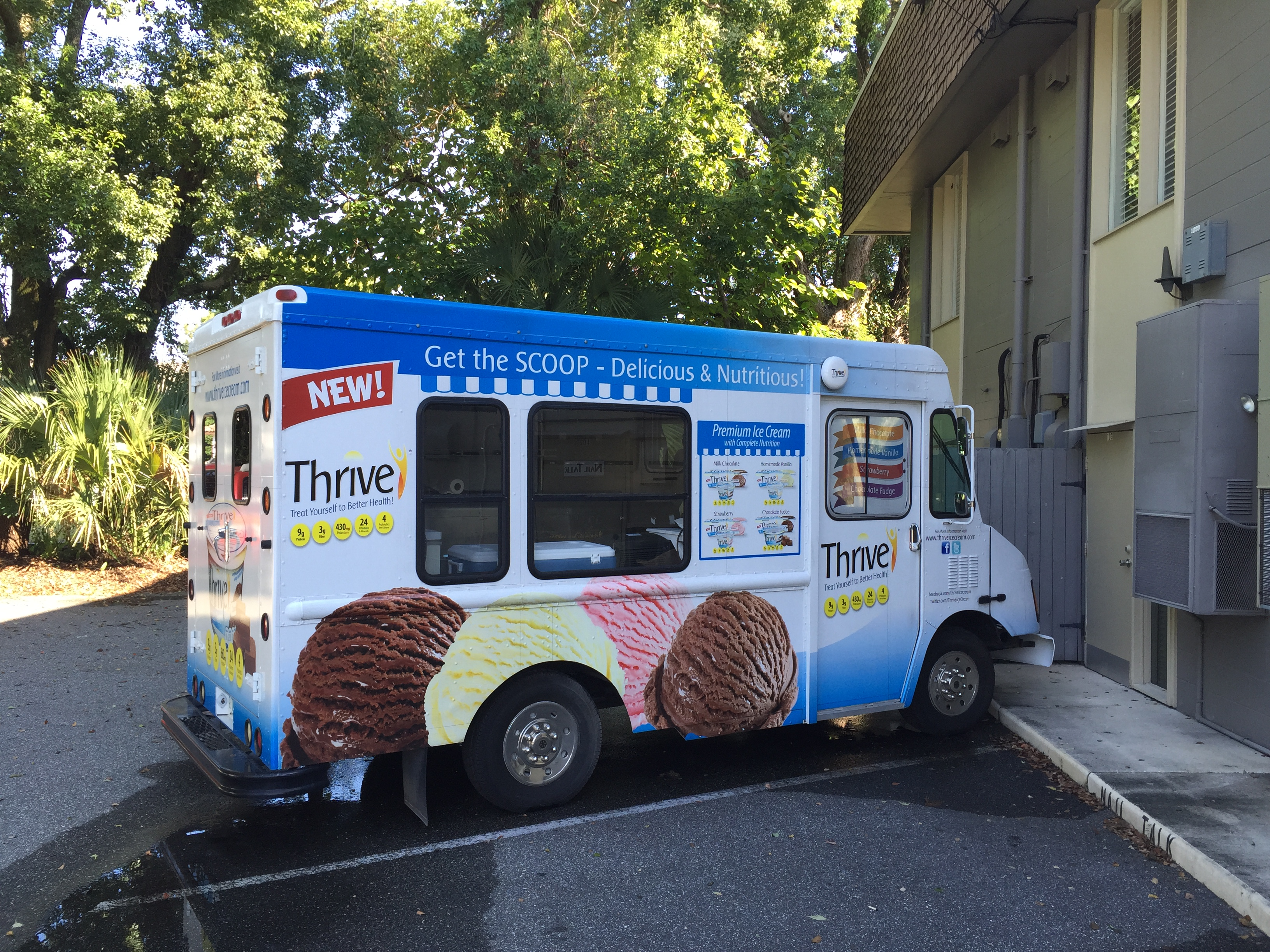 Thrive Ice Cream Truck Vending side