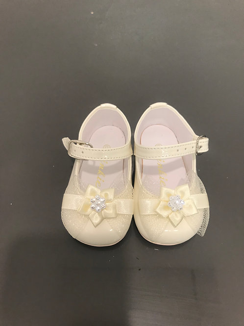 Ivory Shoes/ Bow