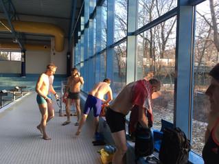 Schwimmseminar - Teilnehmer machen Fortschritte