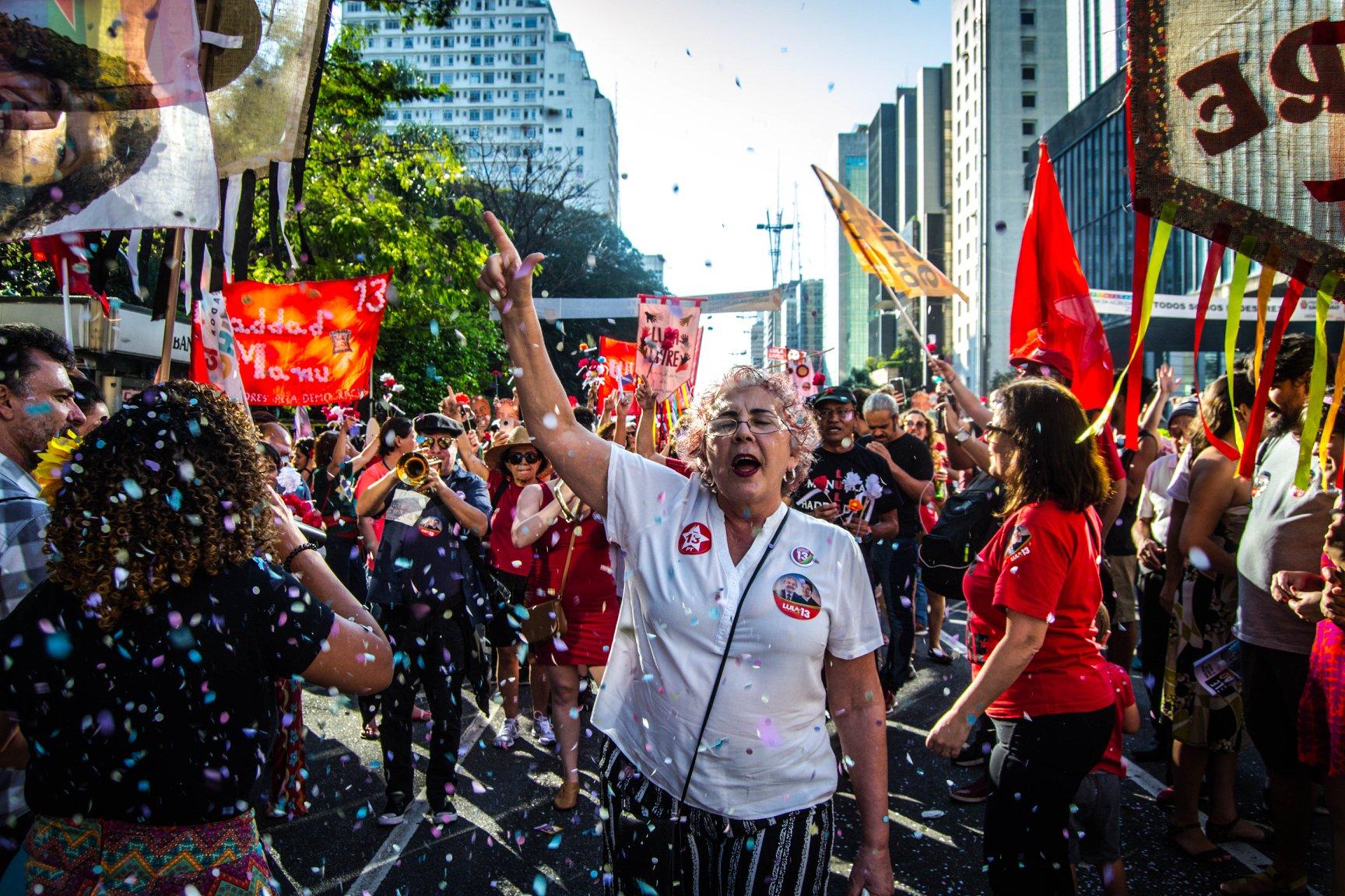 FOTO11A-Bloco vem com Lula