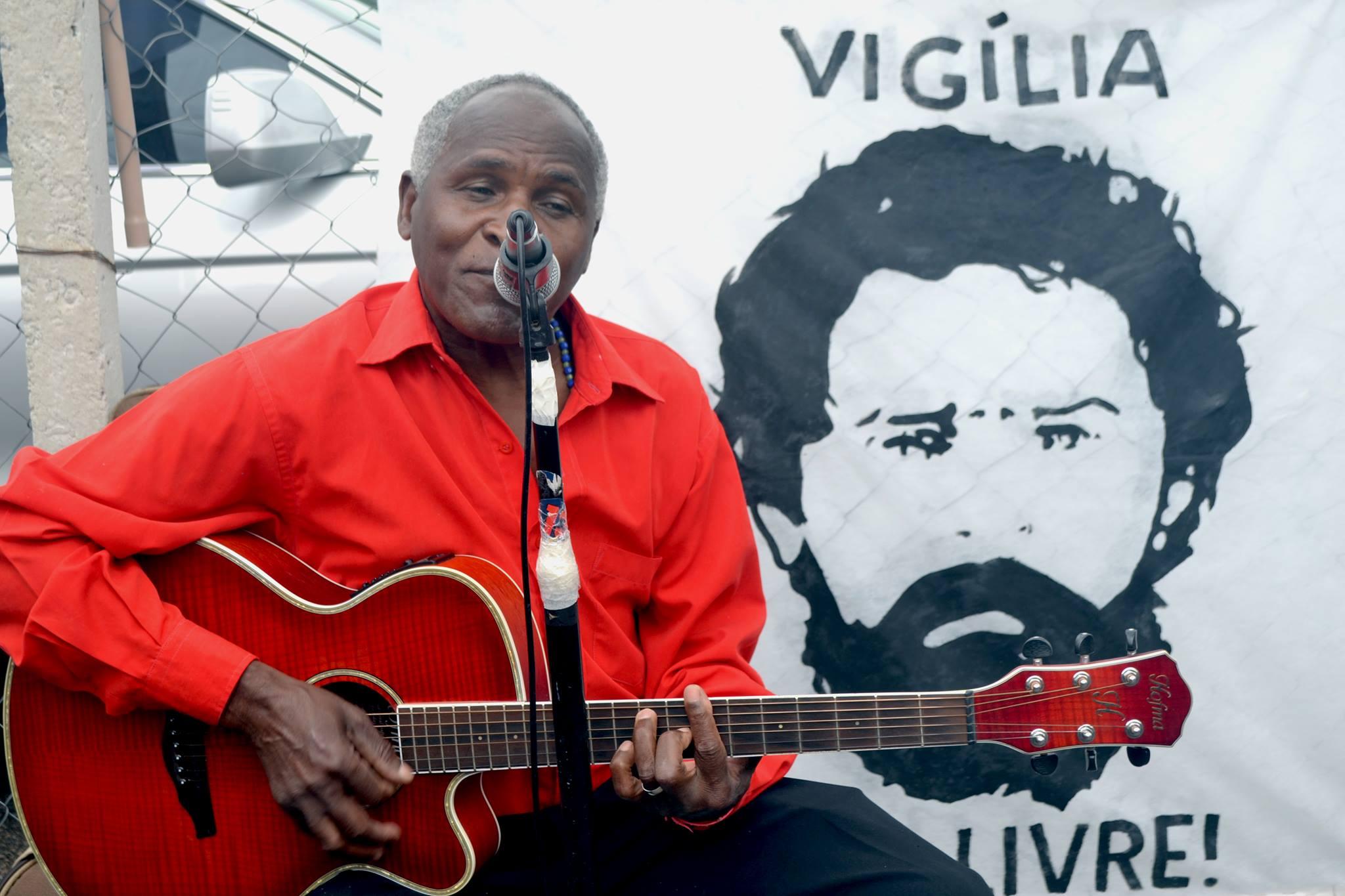 FOTO59-Vigilia Lula Livre