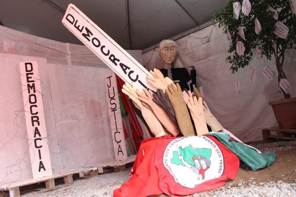 FOTO4-Vigilia Lula Livre