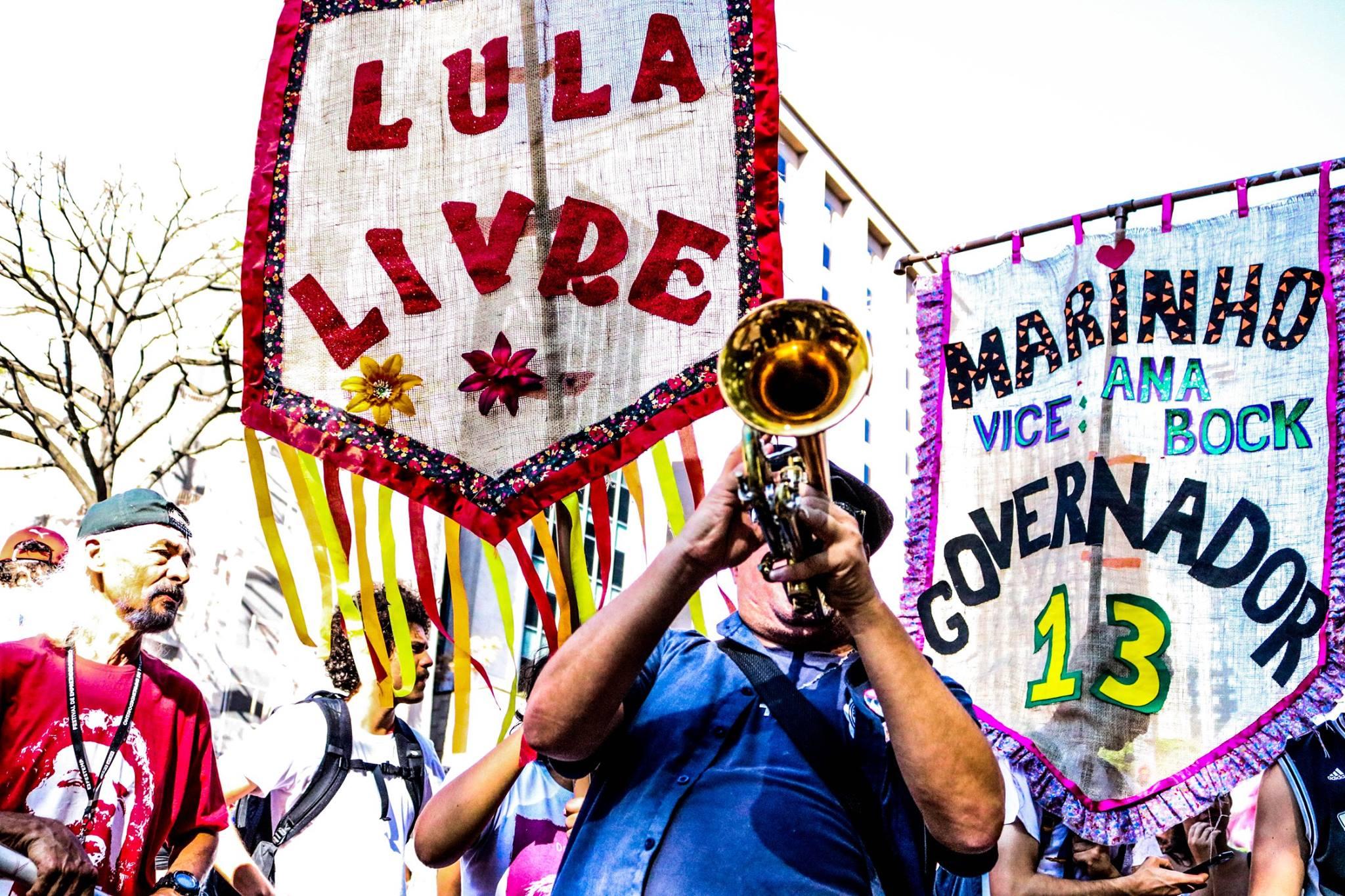 FOTO13-Bloco vem com Lula