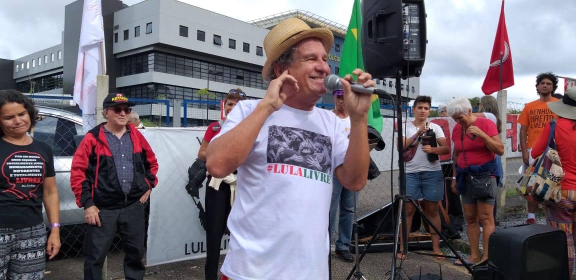 FOTO69-Vigilia Lula Livre