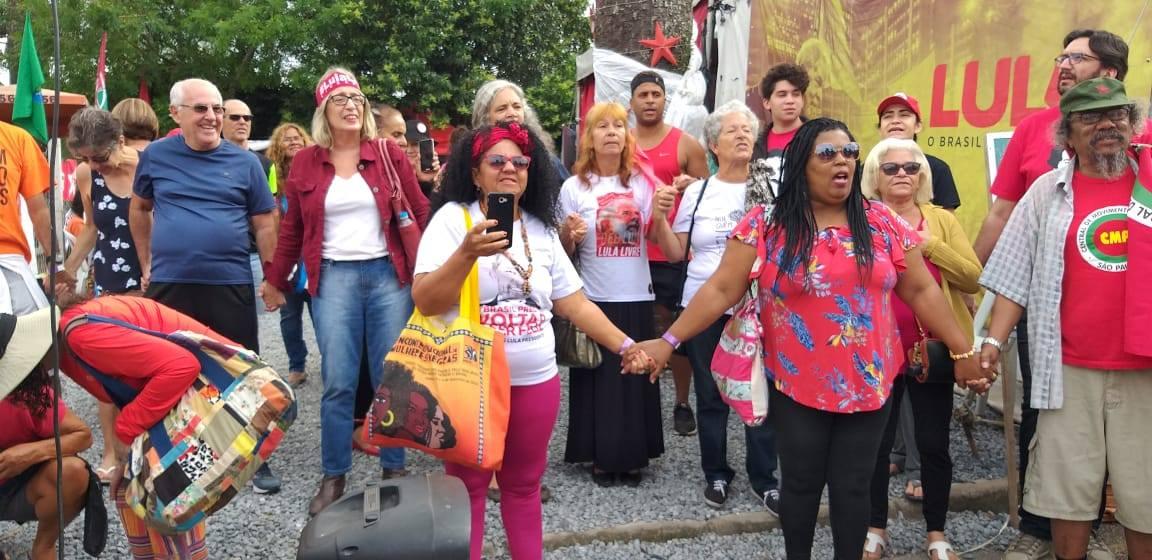 FOTO71-Vigilia Lula Livre