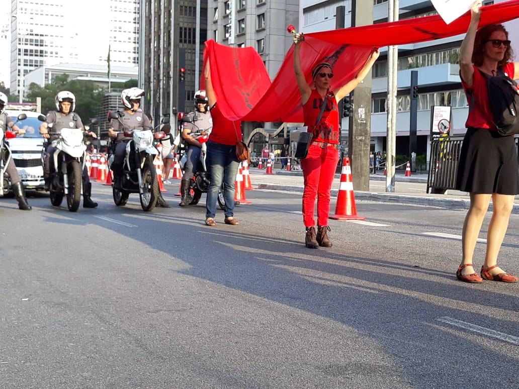 Levando faixa vermelha1