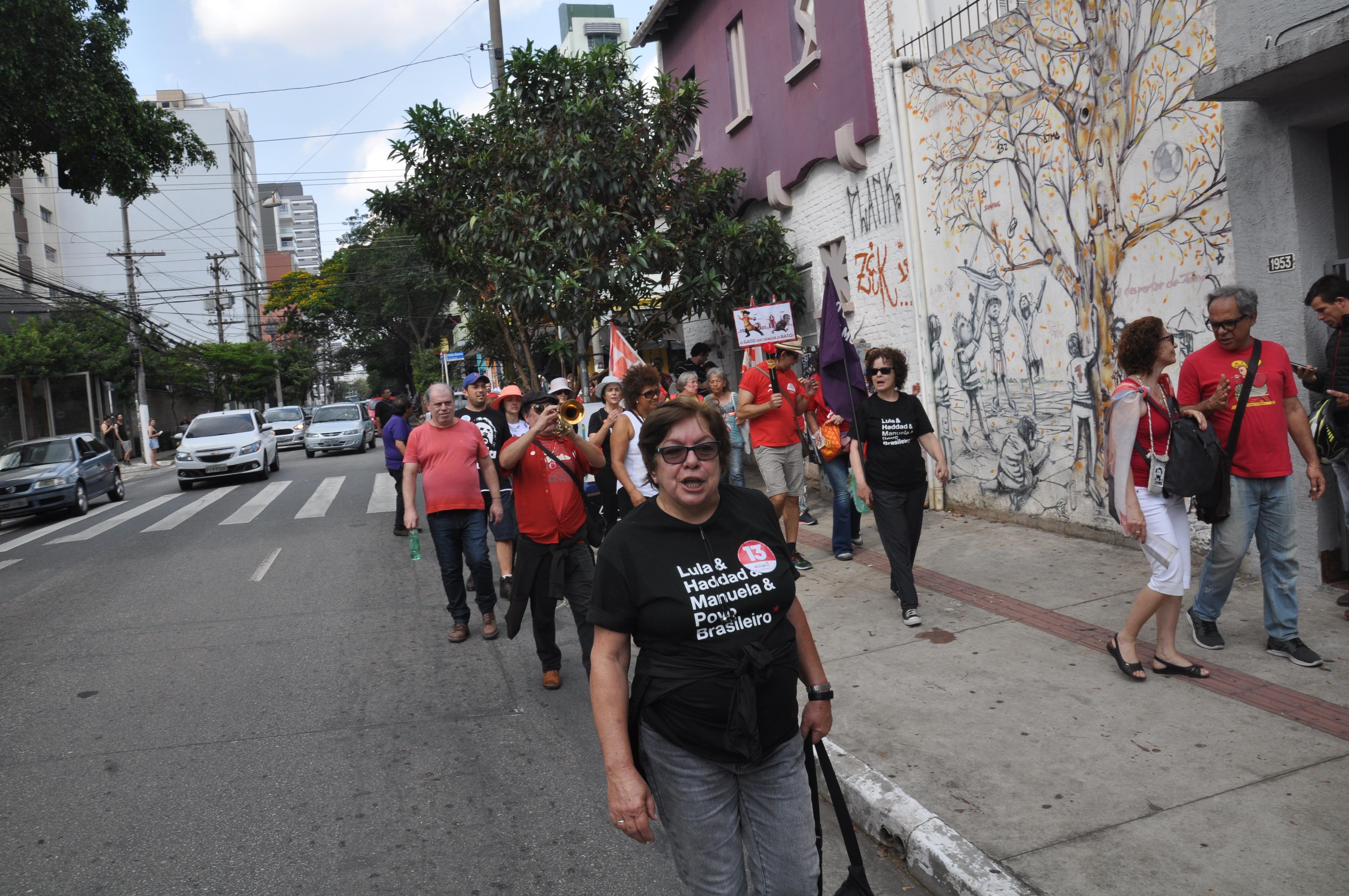 FOTO20-Laerte (Caminhada)