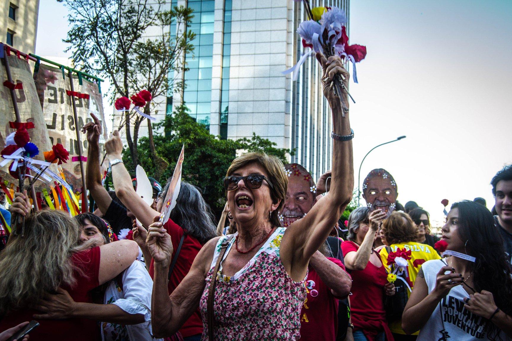 FOTO14A-Bloco vem com Lula