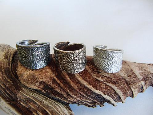 Sage Leaf Band Ring