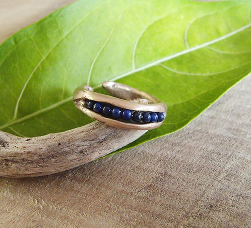 Cracked Pod Ring with Lapis
