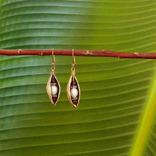 Pea Pod Earrings with Garnets and Pearls
