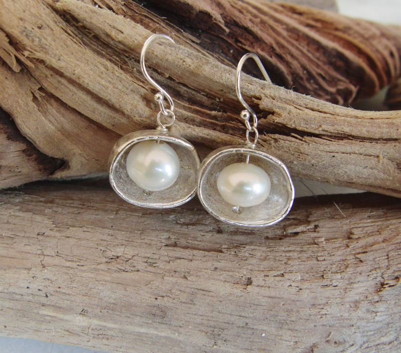 Pebble Pod Earrings with Pearls